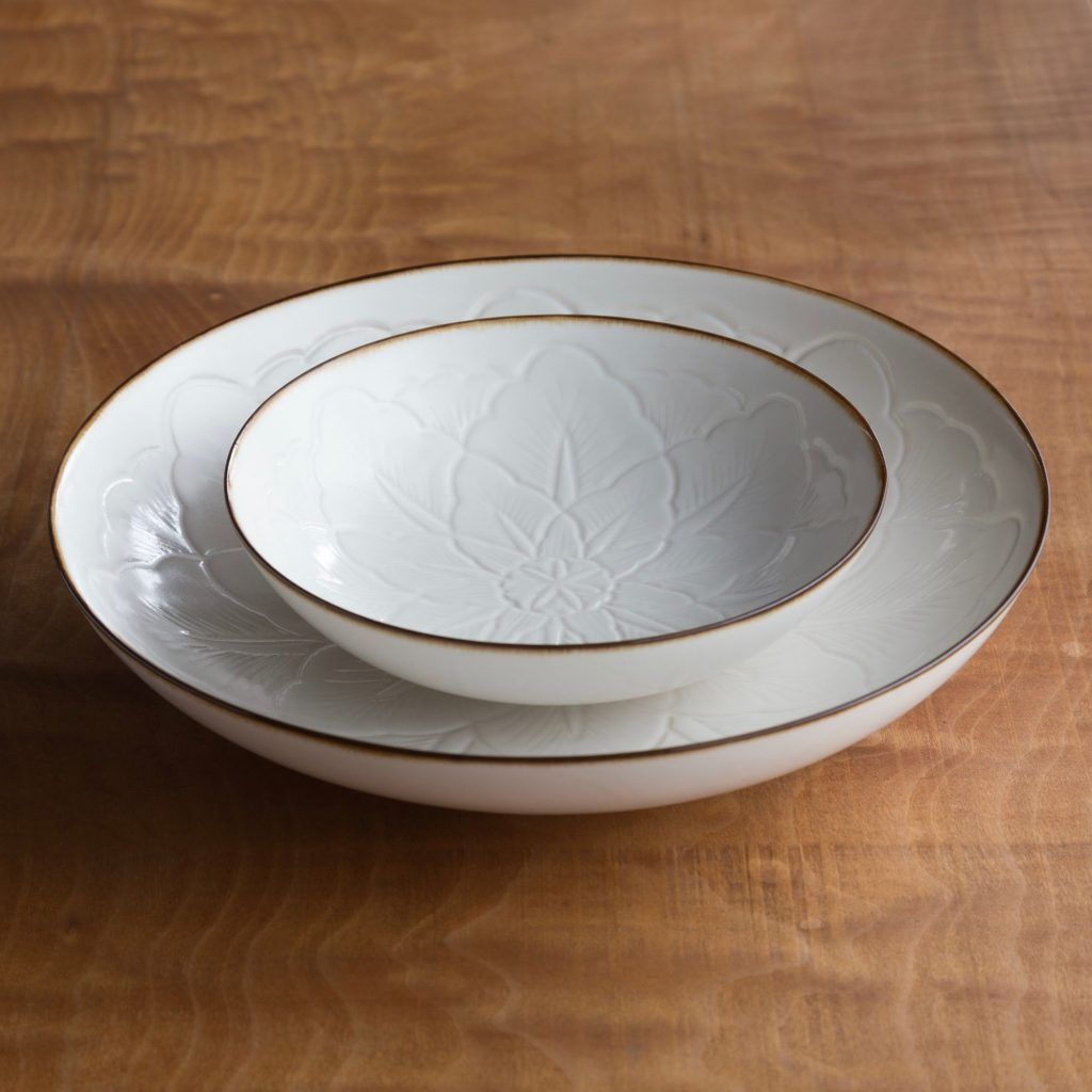 JICON・磁今 花彫浅鉢 Curved Flower Dish